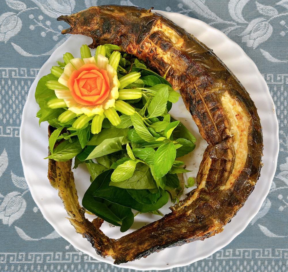 cá chạch lấu nướng